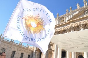 Juventutem flag at St. Peters